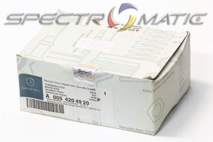 OE 005 420 49 20 - brake pad set MERCEDES C class (W204 S204) E CLASS (A207 C207) GLK CLASS (X204)